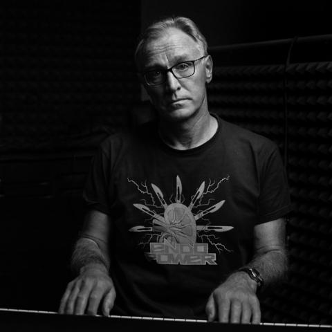 prof. Tomasz Szydełko, Endopower wokal, instrumenty klawiszowe,